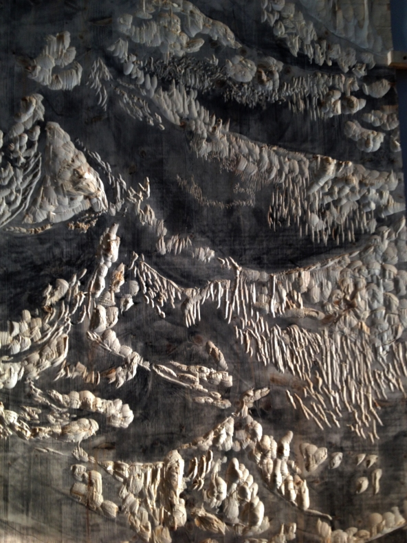 Gravure et bas relief sur panneau contreplaqué sapin // 260 x 130 cm